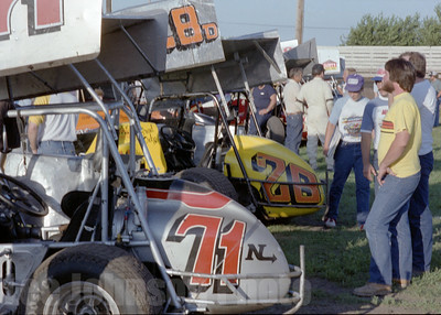 1982 Knoxville Nationals pits