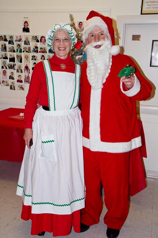 Barbara and Frank Erbacher at 49ers Christmas party 2010