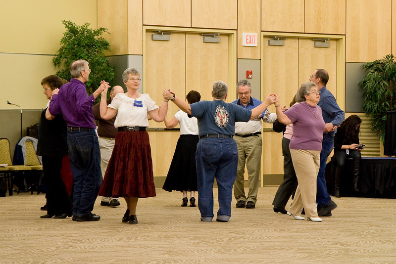 Community Square Dancing the night before Callerlab convention at Niagara Falls, NY