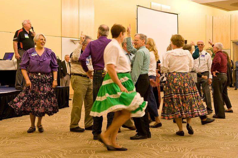 Community Square Dancing the night before Callerlab convention at Niagara Falls, NY