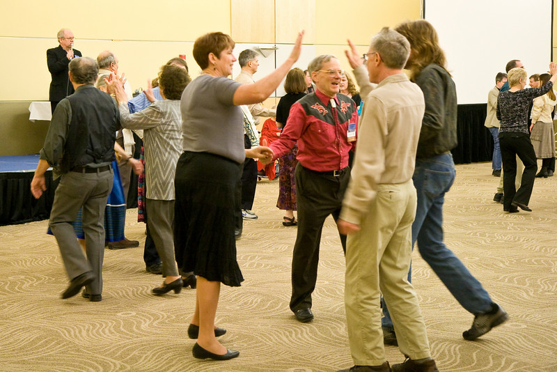 Contra dancing at Callerlab