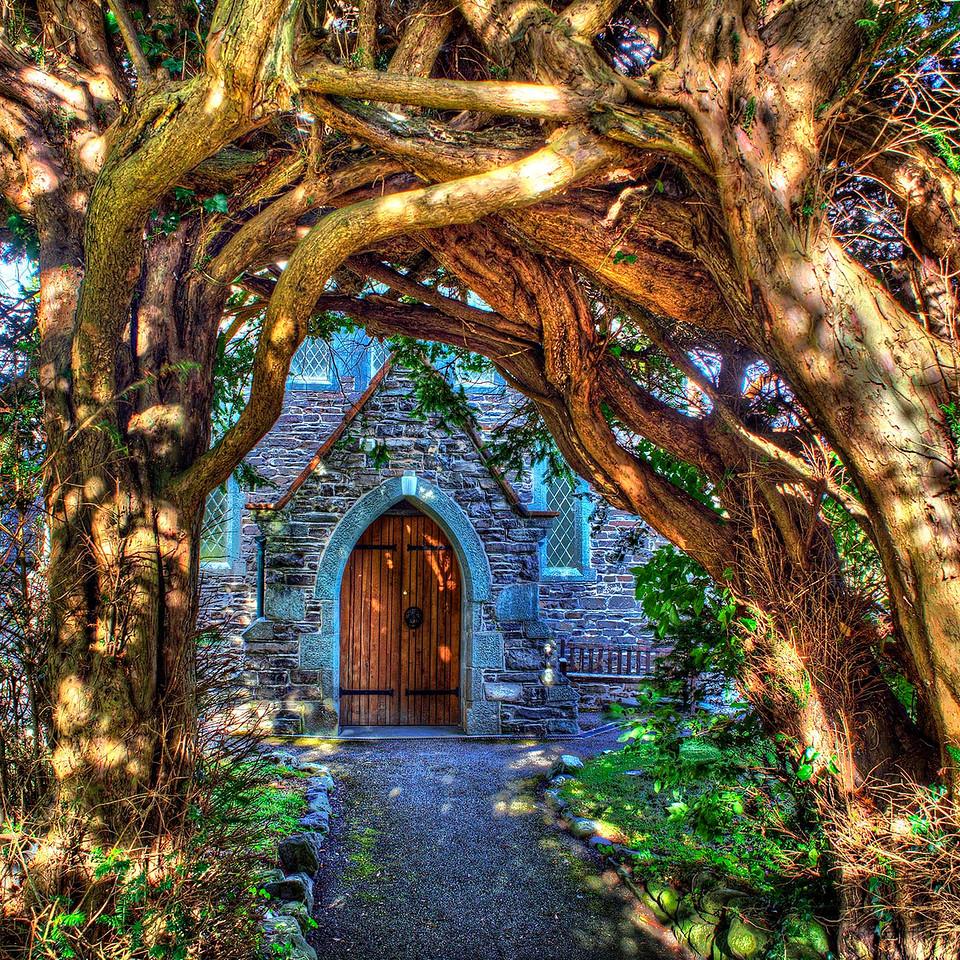 The Yew Arch At Thornthwaite Church