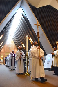 Opening procession of the midday Mass