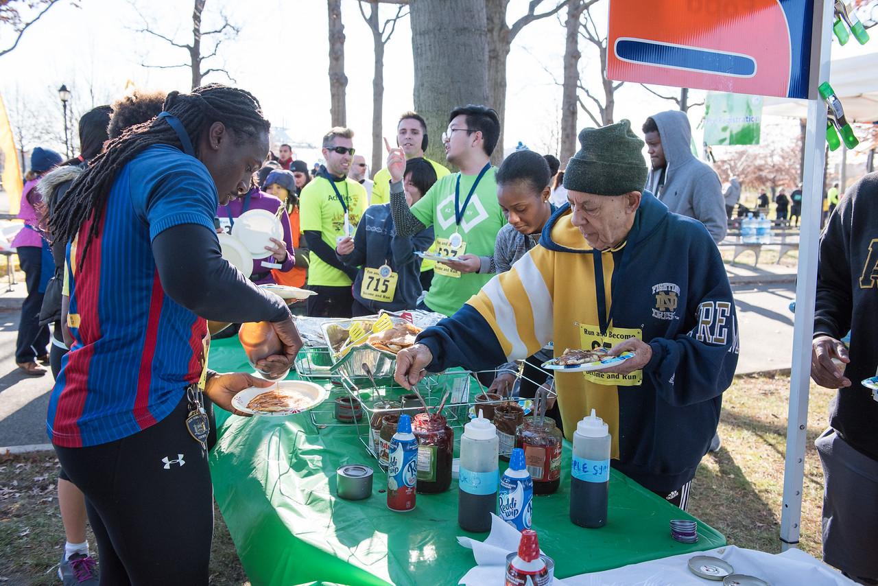 20161204_1 & 4 Mile Race_171