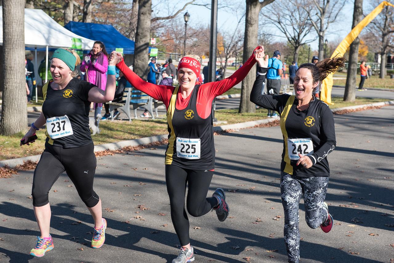 20161204_1 & 4 Mile Race_149