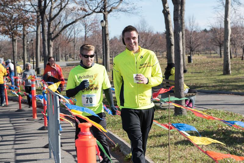 20161204_1 & 4 Mile Race_164