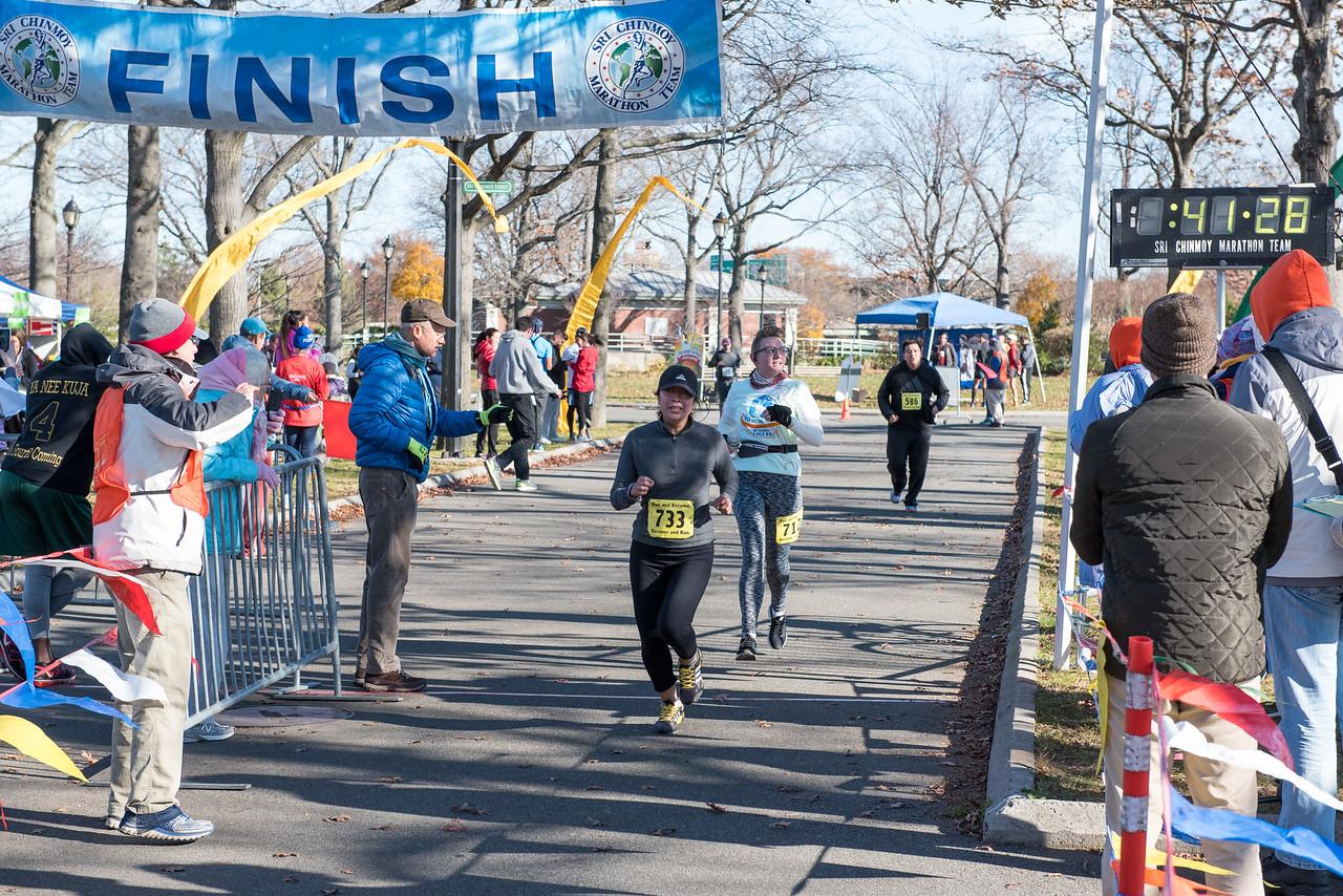20161204_1 & 4 Mile Race_152