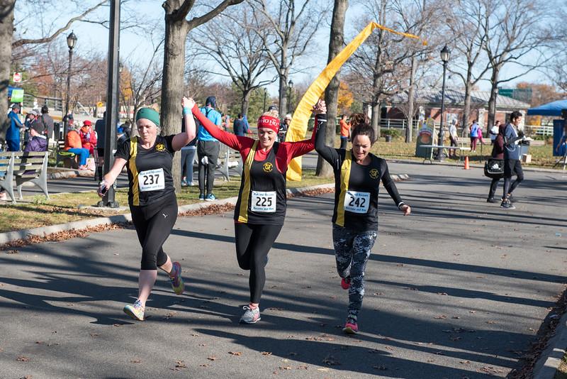20161204_1 & 4 Mile Race_147