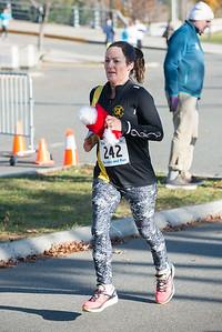 20161204_1 & 4 Mile Race_020