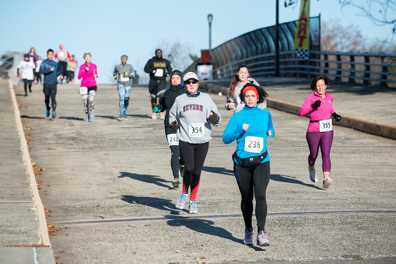 20161204_1 & 4 Mile Race_032