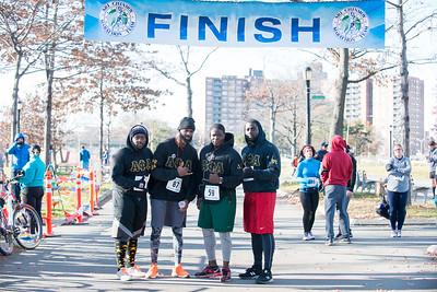 20161204_1 & 4 Mile Race_053