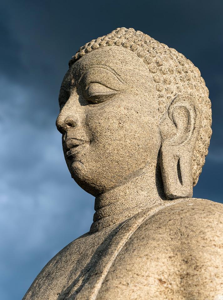 Ruvanveli Before Storm, Anuradhapura