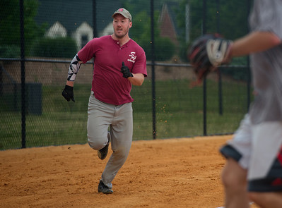 2018_05_19_St Andrew_Softball_030_v1