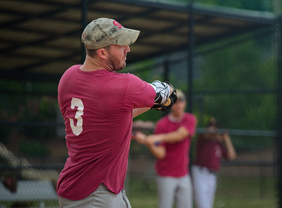 2018_05_19_St Andrew_Softball_024_v1
