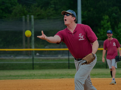 2018_05_19_St Andrew_Softball_011_v1