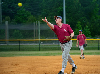 2018_05_19_St Andrew_Softball_012_v1