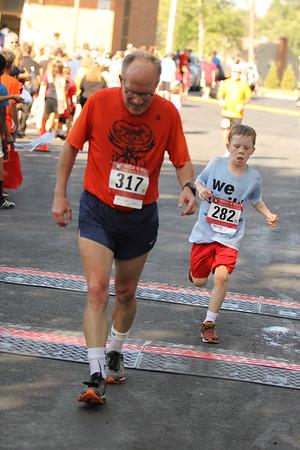 St.Charles 2015 5k run and before 5k photos