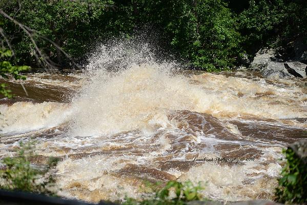 Crashing St. Croix River during July 2016