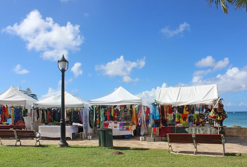 Vendors at the Port