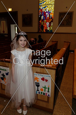 2016 1st Communion_022