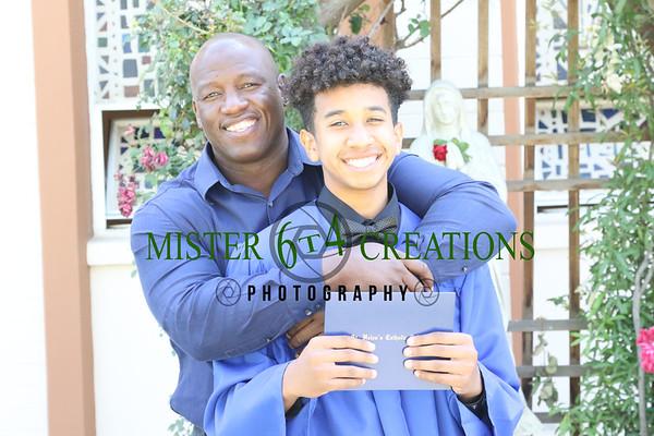 2018 Posed  Gradutes