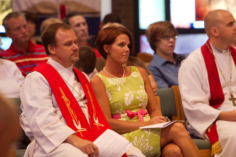 What a precious moment to set in the pew with your spouse!