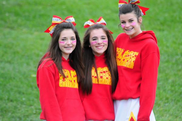 8th Grade Football Cheerleaders