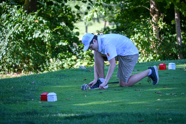2019-09-30 John XXIII Golf Team vs Bishop Leibold
