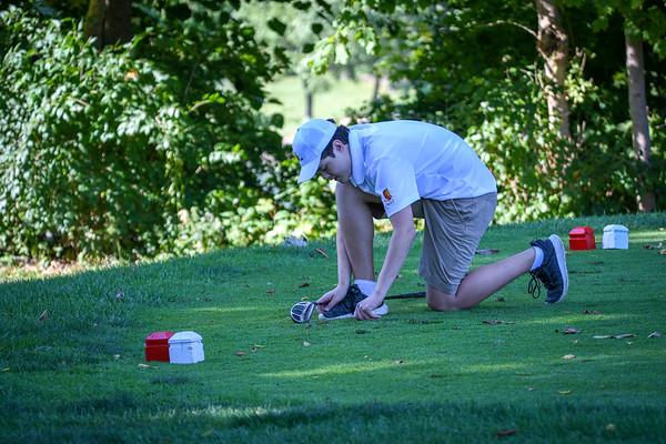 2019-09-30 John XXIII Golf Team vs Bishop Leibold