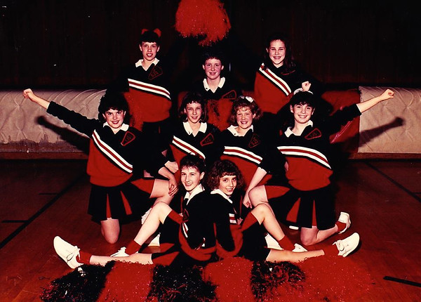 1991 Varsity cheerleaders.