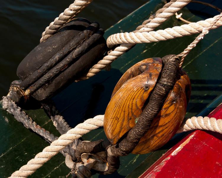 H.M.S. Bounty Rigging