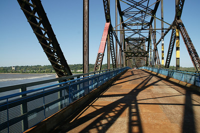 Bridge deck over Mississippi River
