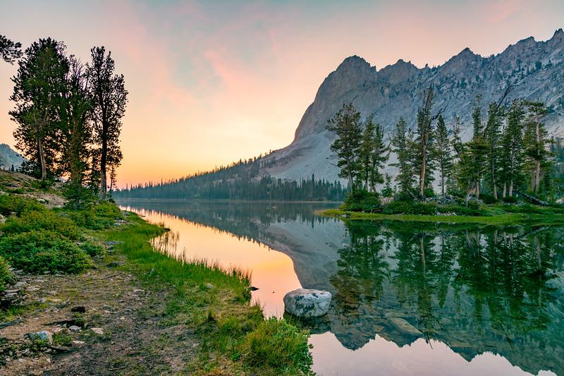 El Capitan at Alice Lake sunrise