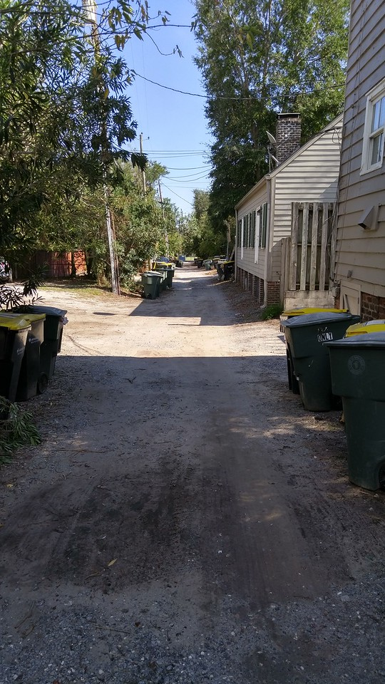 527 E Jones, 'Serenity' lane (you don't call them alleys here!!!!)