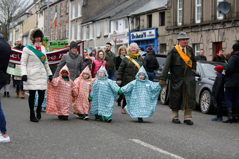 EEXXjob 17/03/2018  SOCIAL St. Patricks parade, Fermoy , County Cork.  At this years annual St. Patrick's day parade in Fermoy County Cork , Fermoy Community Pre School Group brave the cold conditions. Picture Andy Jay