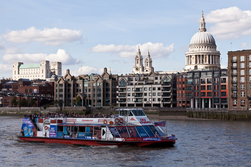 River Cruiser on the River Thames at St Paul's Cathedral