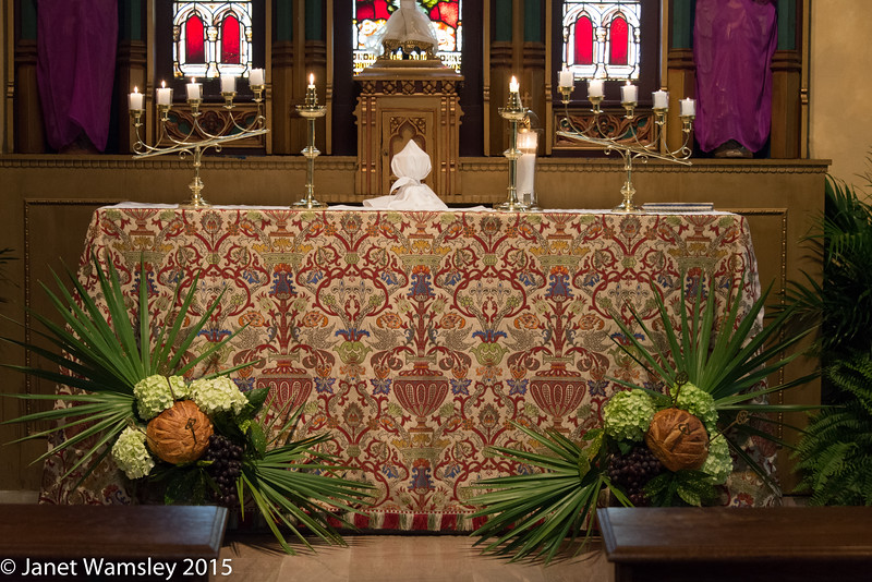 The Blessed Sacrament on the altar of repose