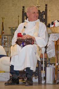 January 8, 2010 St. Thomas Episcopal Parish School Parents, Students & Teachers Wish Father Tobin Well.