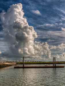 dock-river-thunderhead