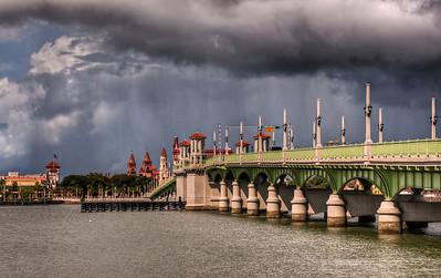 lions-bridge-storm