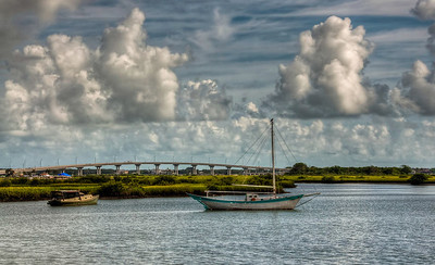 boats-bridge-thunderheads