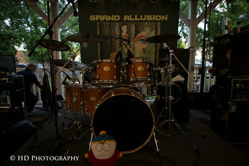 Grand Allusion-148