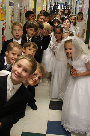 2010 First Holy Communion, May 1, 9 a.m. mass