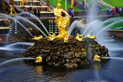 The Grand Cascade and Samson Fountain   Samson and the Lion, by Mikhail Kozlovsky