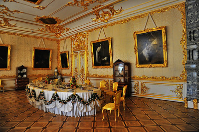 StPetersburg_Catherine_Palace_Dining-room_TRA5471
