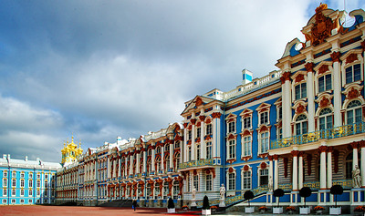 StPetersburg_Catherine_Palace_front-facade_TRA5408