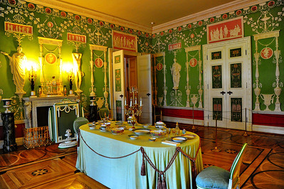 StPetersburg_Catherine_Palace_Green-dining-room_TRA5558