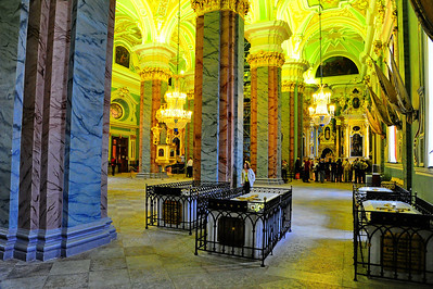 StPetersburg_Peter-Paul_tombs_czars_TRA5326