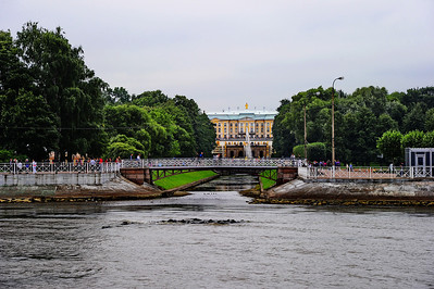 StPetersburg_Peterhof_From_landing_TRA5358