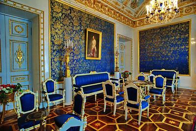 StPetersburg_Hermitage_Blue-room_TRA0002